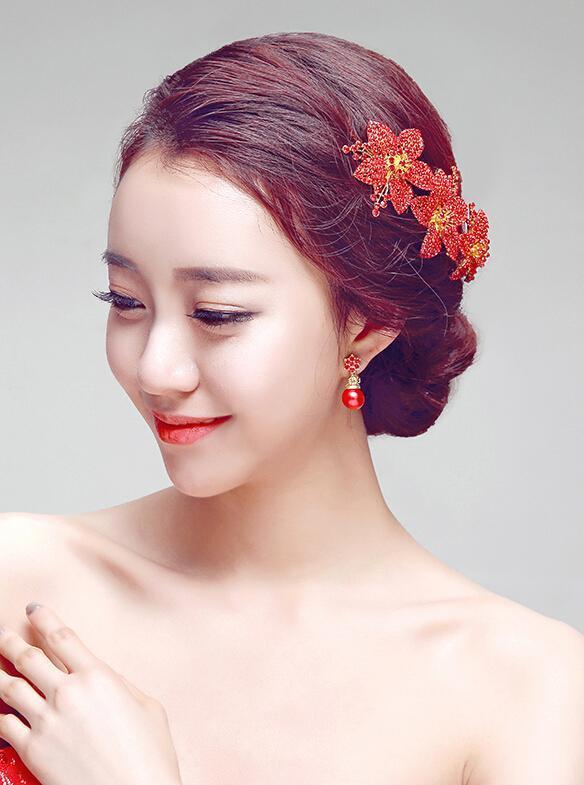 秀禾服新娘造型图片,尽显东方女性美感图片