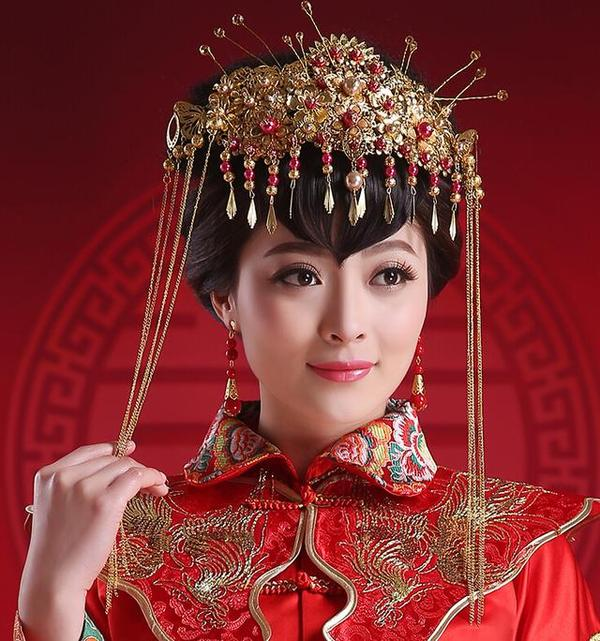 秀禾服新娘造型图片,尽显东方女性美感
